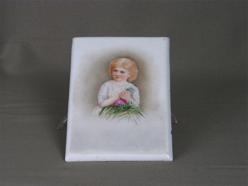 Плакетка, фарфор, деколь сподрисовкой. Россия, марки нет, конец XIXвека, размер: 17×11см