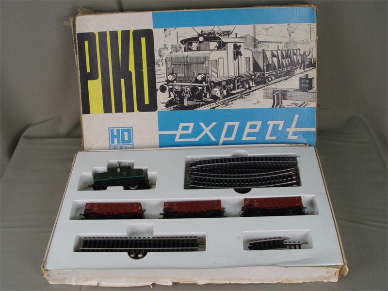 Игрушечная железная дорога, ГДР, 1970-е гг, коробка 28×43,5см