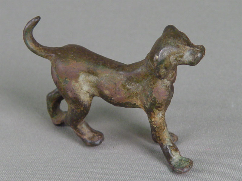 «Собака», бронза, литье, патинирование. Россия, начало XXвека, высота— 6,5см