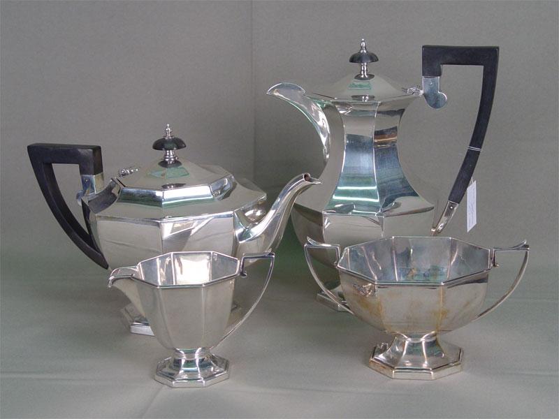 Антиквариат. антикварный комплект, сервиз, набор, чайник, чай, кофейник, кофе, сливочник, сахарница, сахар, серебро, Европа, Запад, 20 век