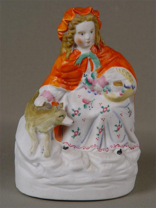 «Девушка ссобакой», бисквит, роспись. Западная Европа, конец XIX— начало XXвека, высота— 19см