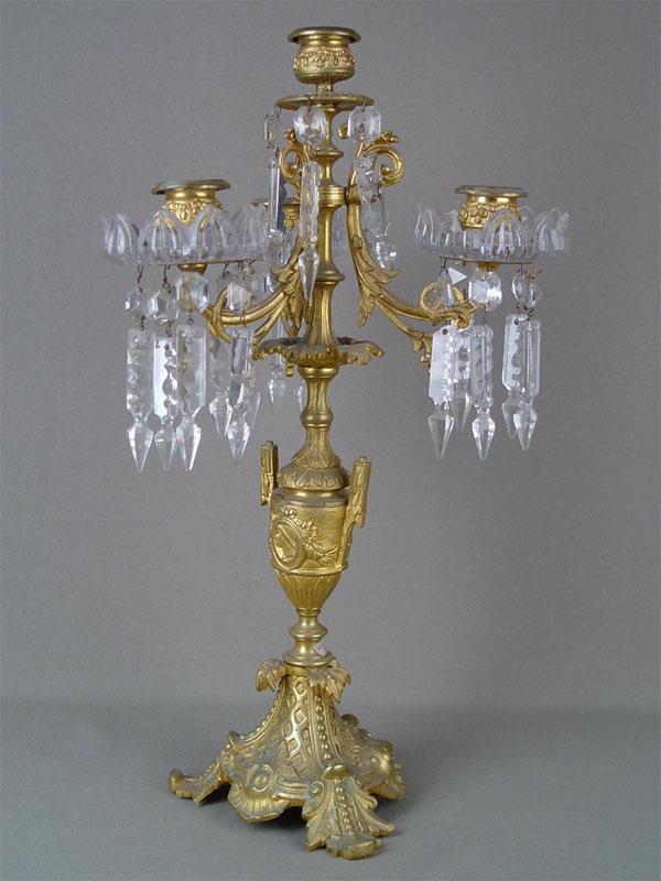 Канделябр, бронза, литье, позолота, хрусталь; высота— 45см