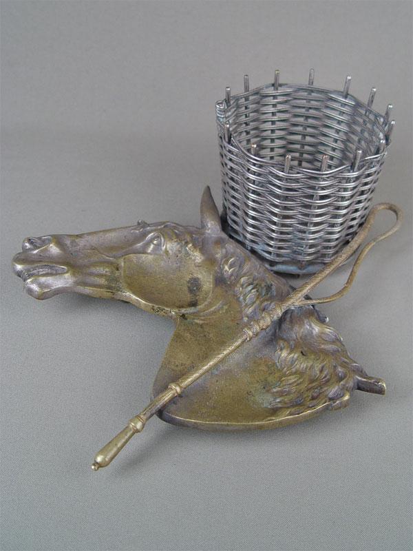 Пепельница «Голова лошади», бронза, 22×22см
