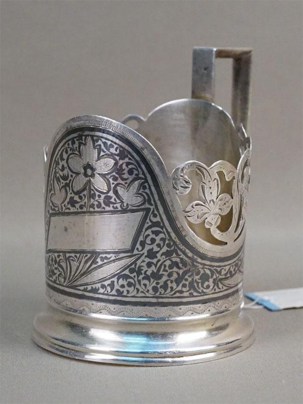 Подстаканник, серебро 875пробы, чернь, позолота, гравировка. Кубачи, 1927—1955гг, общий вес— 89,9г