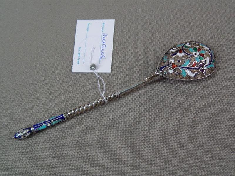 Ложка чайная, серебро 84пробы, полихромная перегородчатая эмаль, общий вес— 24,4г