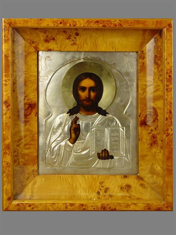 Икона вкиоте «Господь Вседержитель», дерево, левкас, темпера; оклад: серебро 84пробы, гравировка, позолота; размер иконы: 22×18см