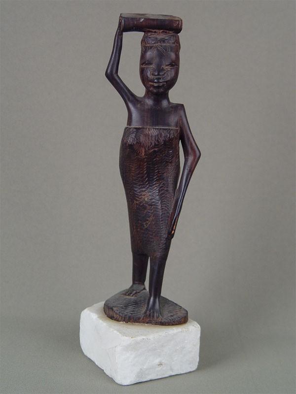 «Африканка», дерево, резьба, высота— 22см