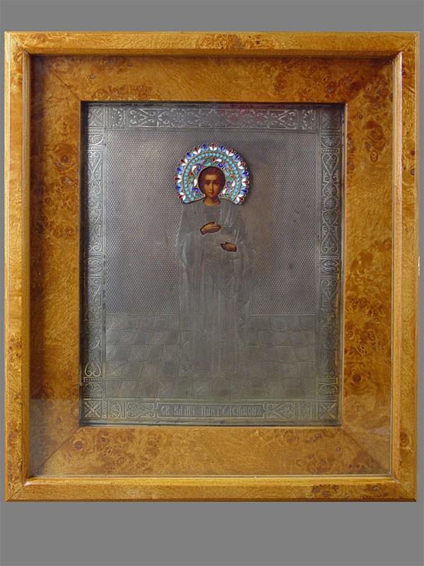 Икона вкиоте «Святой Пантелеймон», оклад: серебро 84пробы, эмаль; размер иконы: 27×22см