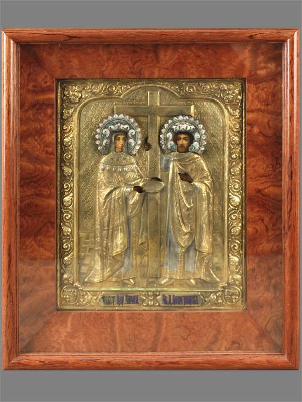Икона вкиоте «Святой Константин иСвятая Елена», дерево, левкас, темпера; оклад— серебро 84пробы, позолота, эмаль, XIXвек, размер иконы: 27×22см