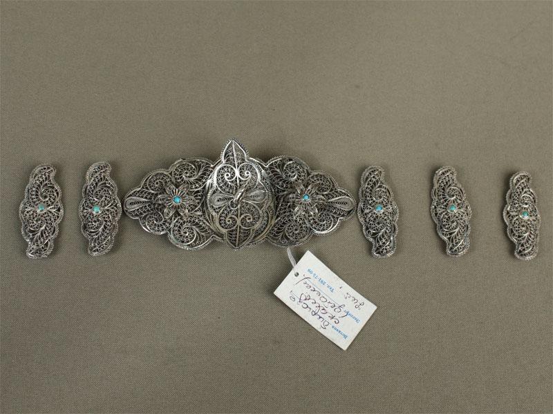 Детали пояса: пряжка и5накладок, серебро 84пробы, скань, бирюза, общий вес— 58,5г