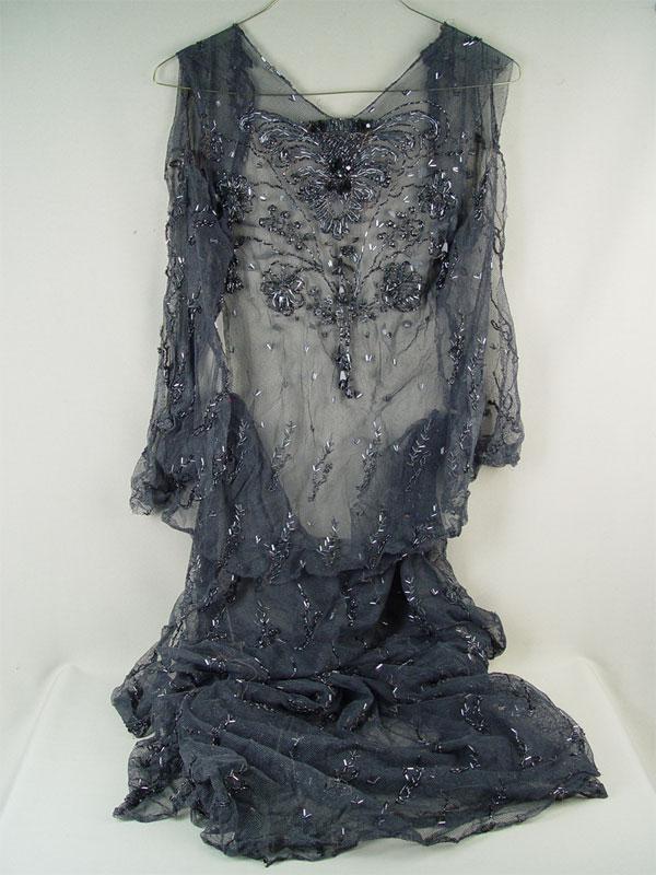Два фрагмента платья (лиф июбка), черная сетка, бисер, стеклярус