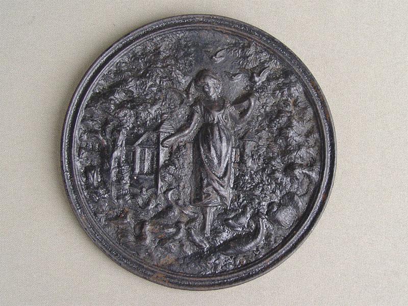 Антиквариат. Медальон «Сцена из «Пана Тадеуша»», чугун