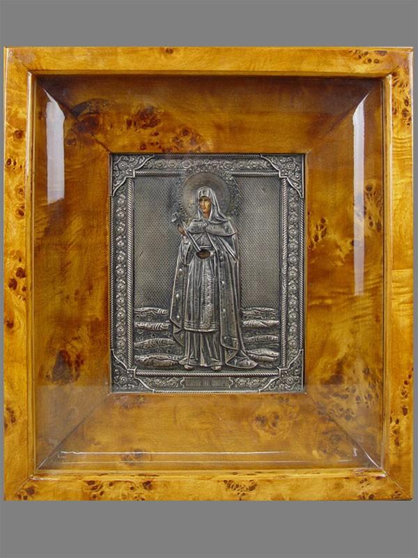 Икона вкиоте «Святая княгиня Ольга», оклад— серебро 84пробы, XIXвек, размер иконы: 18×14см