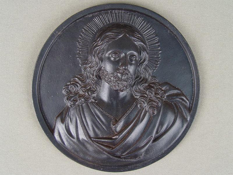 Барельеф «Иисус Христос», чугун, литье, покраска, диаметр— 12,5см