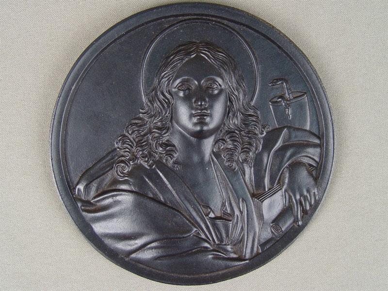 Барельеф «Апостол Иоанн Богослов», чугун, литье, покраска, диаметр— 12,5см