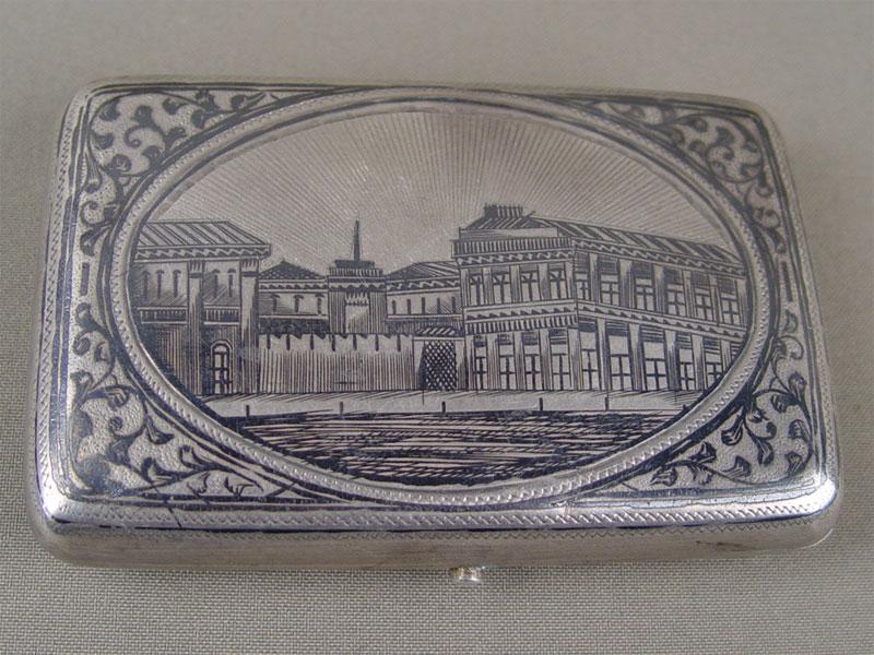 Портсигар «Вид города», серебро 84пробы, чернь, позолота внутри, общий вес— 136г