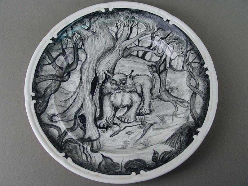 Блюдо настенное «Кот Баюн», фаянс, роспись. Конаково, авт.Жуков, диаметр— 35,5см