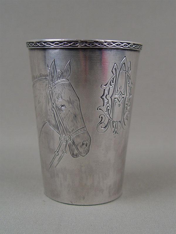 Стопка «Лошадь», серебро 84пробы, гравировка, общий вес— 104г, высота— 8см