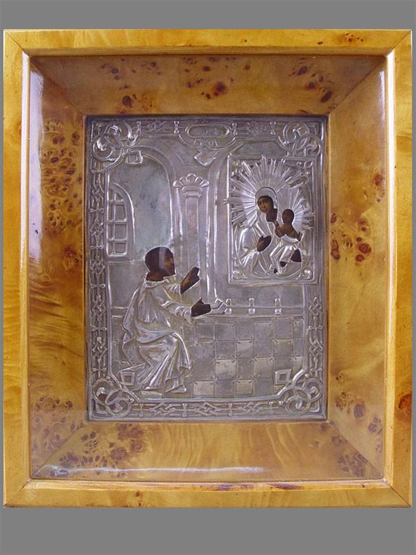 «Пресвятая Богородица Нечаянная Радость», дерево, масло, оклад— серебро 84пробы, XIXв., 22×18см; киот