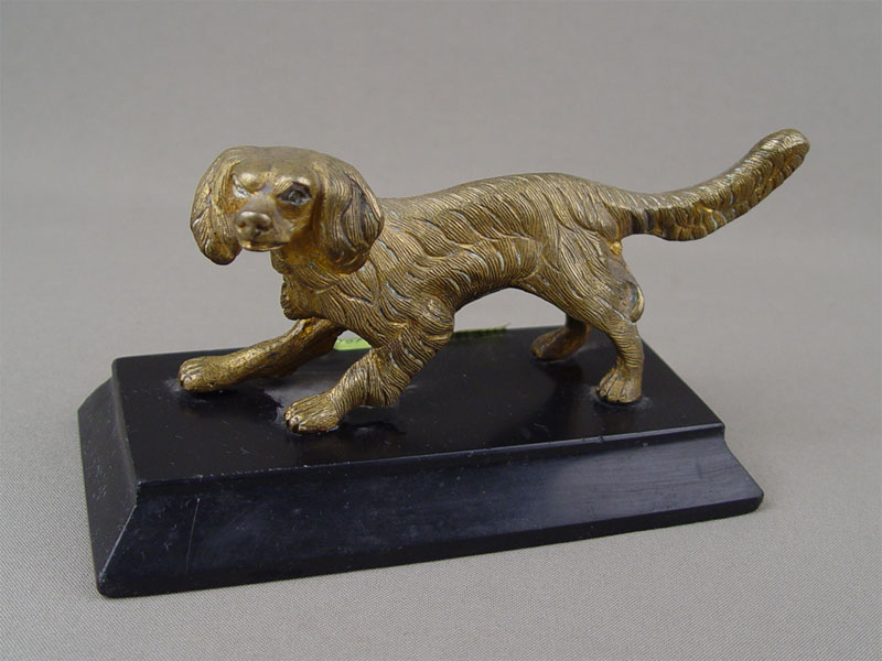 «Собака», бронза, литье, подставка камень, начало XXвека, длина— 15см