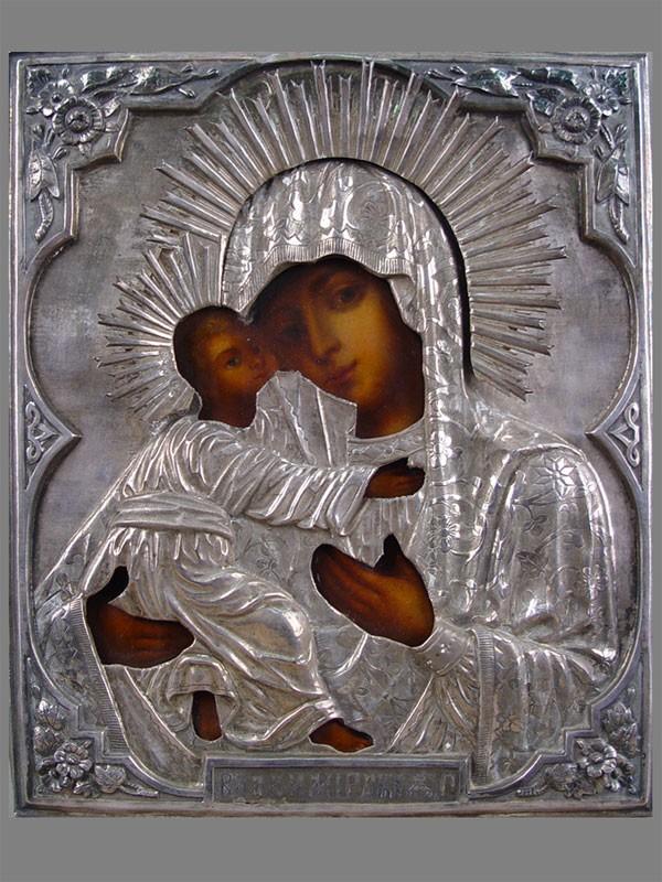Икона «Пресвятая Богородица Владимирская», дерево, левкас, темпера; оклад— серебро 84пробы; размер: 28×23см; киот. Атрибуция.