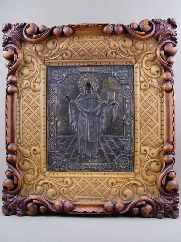 Икона вкиоте «Святой Алексий митрополит Московский», дерево, масло; оклад— серебро 84пробы; конец XIXвека, размер иконы: 27×22см