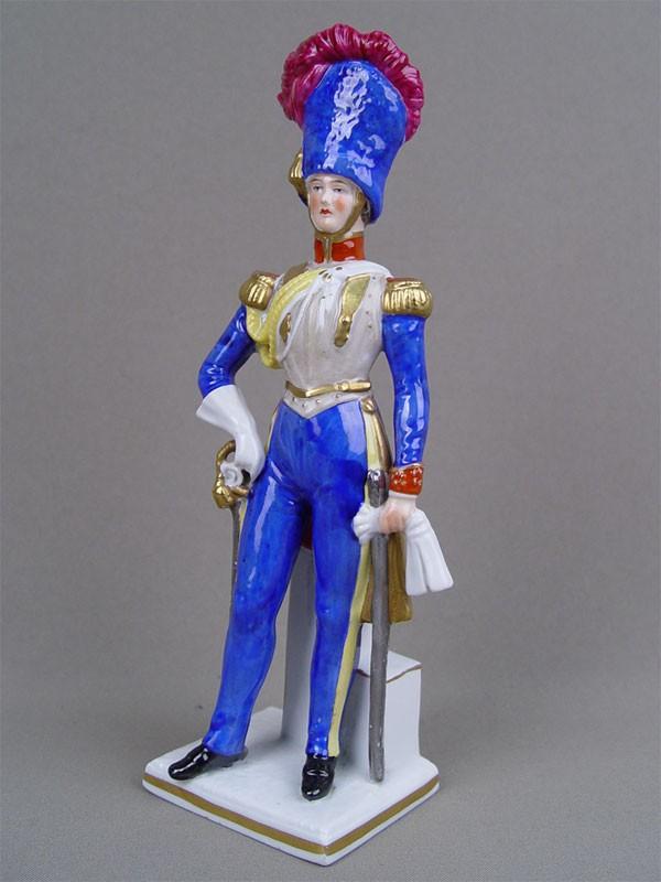 Скульптура «Английский офицер. 1815г.», фарфор, роспись. Западная Европа, высота— 23см