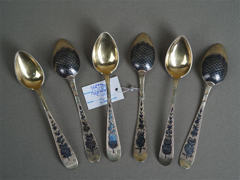Ложки чайные (6шт.), серебро 84пробы, чернь, позолота, 1821год, общий вес— 112г