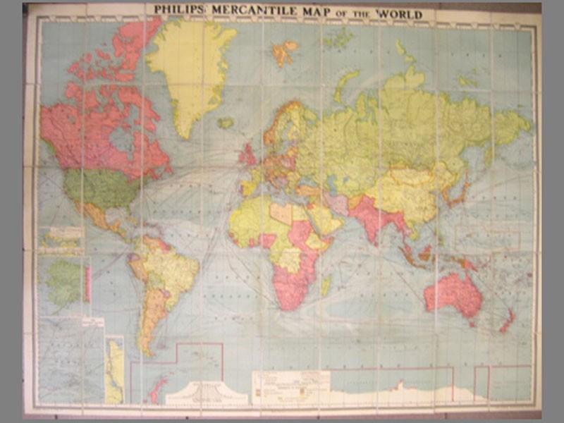 Карта морских торговых путей./ Philips mercantile map oftheworld.— London: Georg Philip &Son, 1935.— 122×95см. Виздательском исполнении— наклеена наткань. Редкость. Багет, стекло.