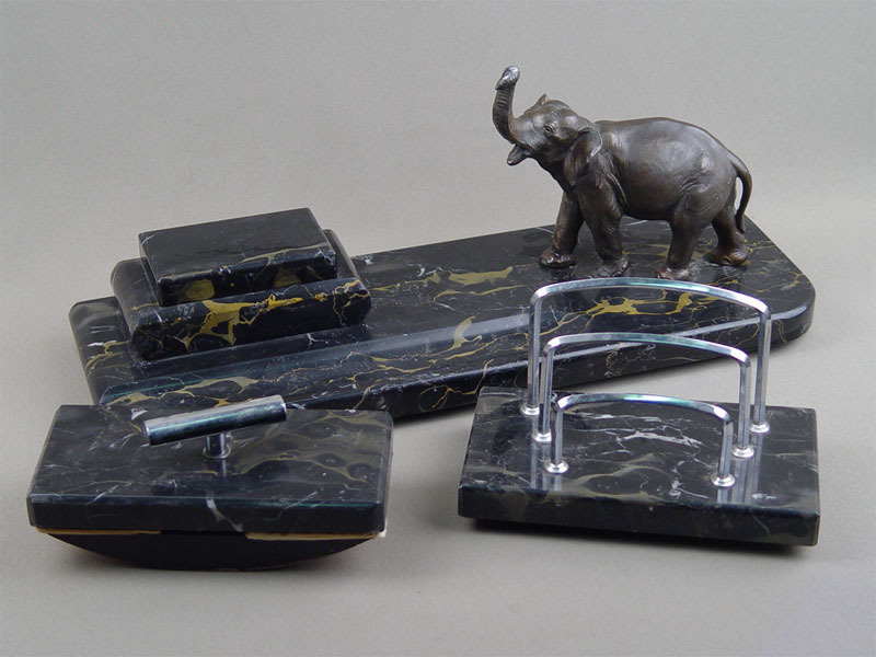 Письменный прибор «Слон» (три предмета), мрамор, металл, начало XXвека