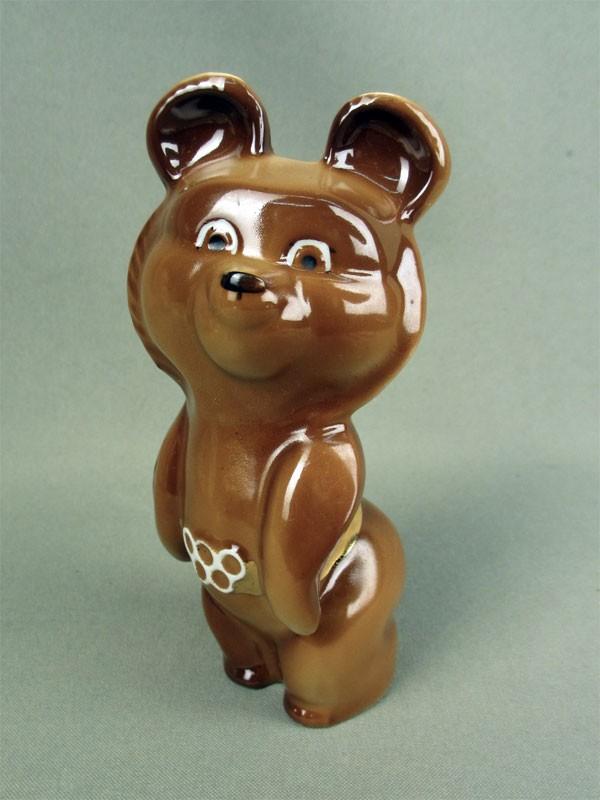 Скульптура «Олимпийский Мишка», фарфор, роспись, высота— 13см, 21в.