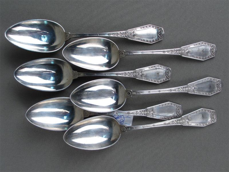 Ложки столовые (6штук), серебро 84пробы, общийвес— 563грамма, клеймо «Черятов»