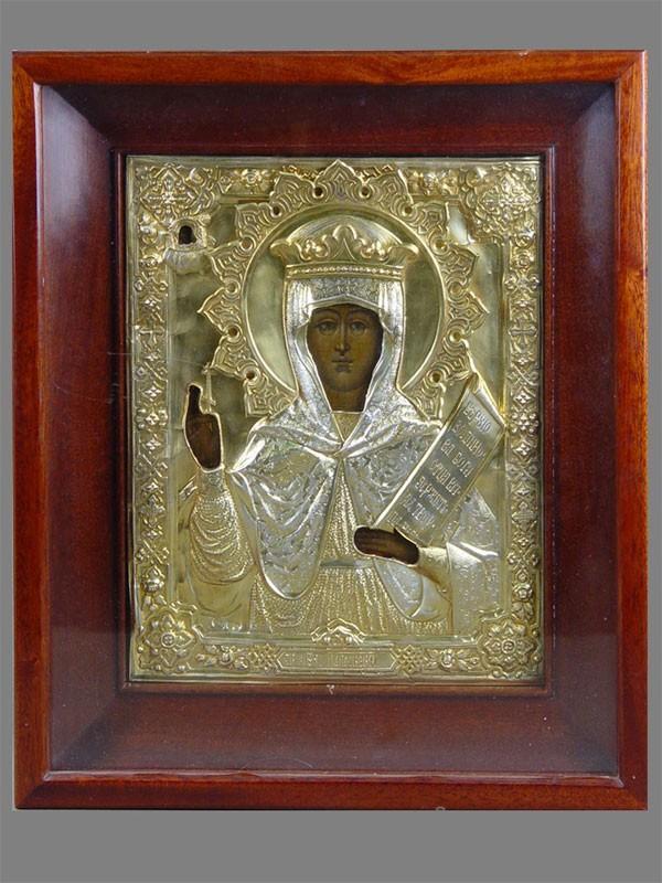 Икона вкиоте «Святая мученица Параскева», дерево, левкас, темпера; оклад— серебро 84пробы, 1874г, 28×22,5см