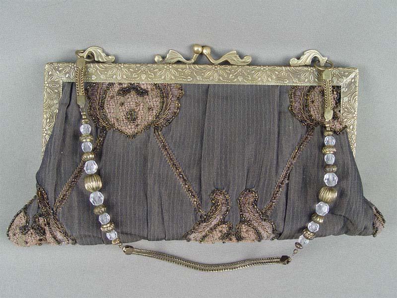 Сумочка театральная, металл, ткань, вышивка, шнур, бисер