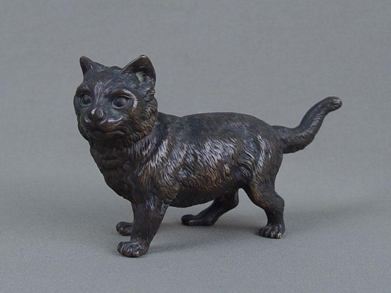 «Кошка», венская бронза, длина— 12,5см