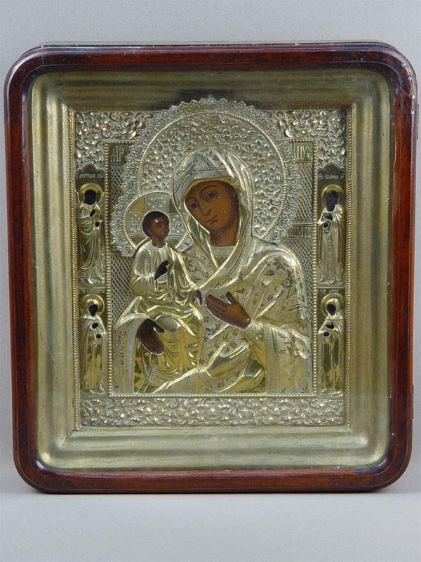 Икона вкиоте «Пресвятая Богородица Троеручица», дерево, левкас, темпера, 27×22см; оклад латунь, золочение