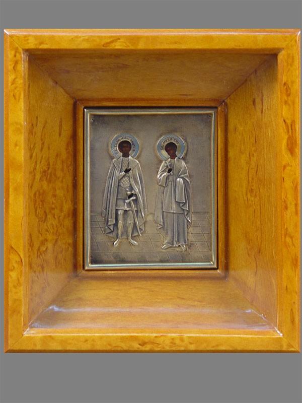 Икона вкиоте «Святые Александр иВера», дерево, темпера; оклад— серебро 84пробы, эмаль, размер иконы: 12×10см