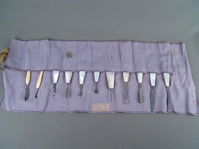 Дамский набор, сталь, кость, перламутр (12предметов), начало XXвека