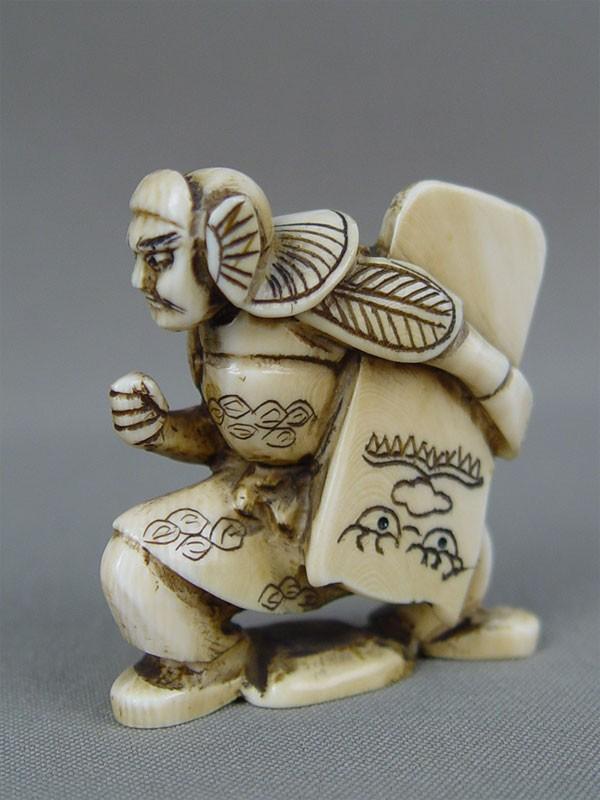 Нэцкэ «Самурай», кость, резьба, высота— 5см