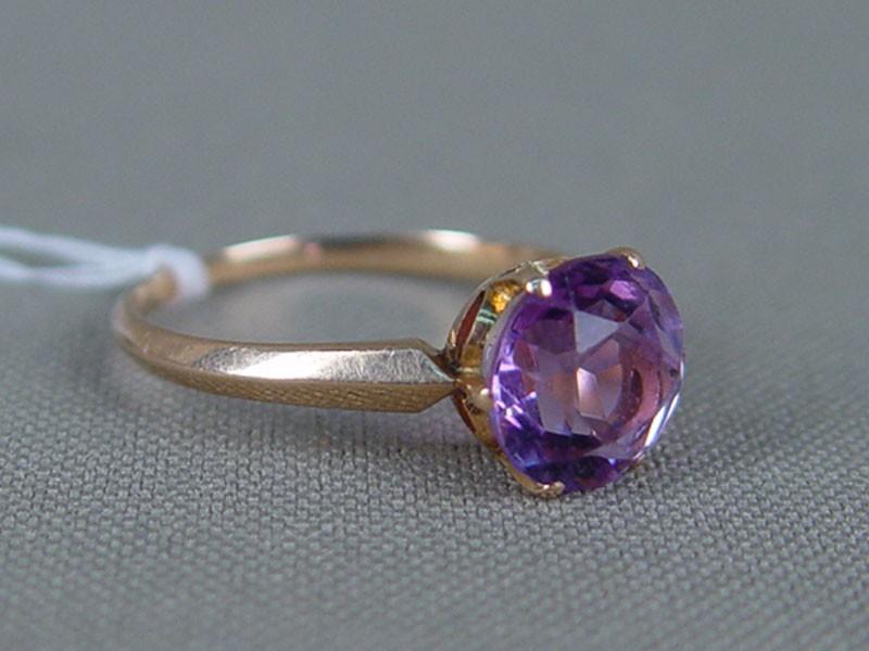 Кольцо, золото 583пробы, общий вес— 2,1г, размер кольца 17,75