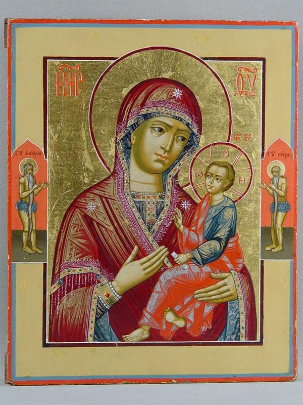 Икона «Пресвятая Богородица Тихвинская спредстоящими: Святыми Петром иОнуфрием», дерево, левкас, темпера, вторая половина XVIIIвека, размер: 32×26см