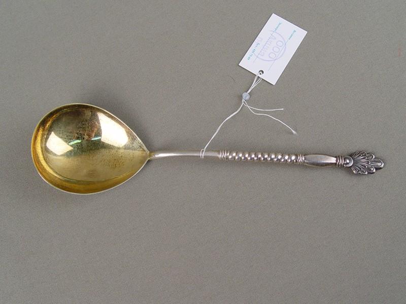 Ложка длякомпота, серебро875пробы, позолота, общийвес— 60,8грамма