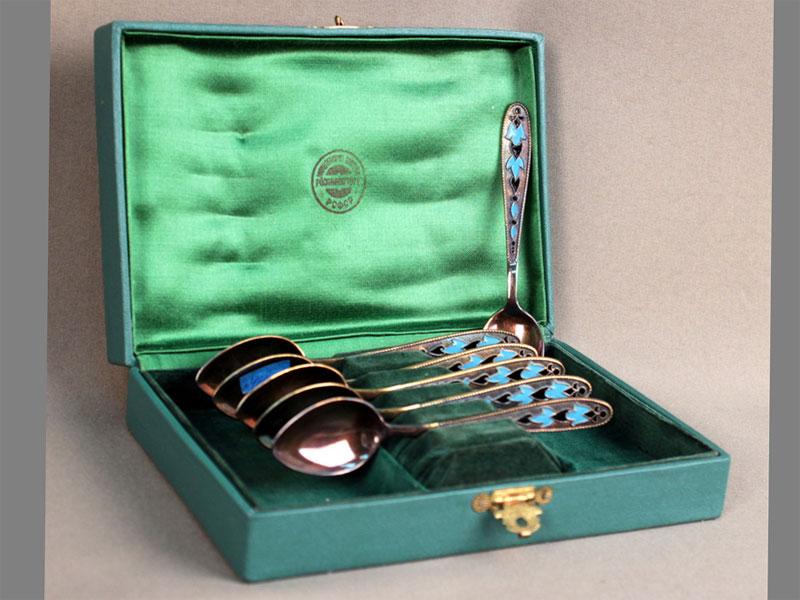 Набор чайных ложек вкоробке, серебро 875пробы, эмаль, вес ложек— 91г