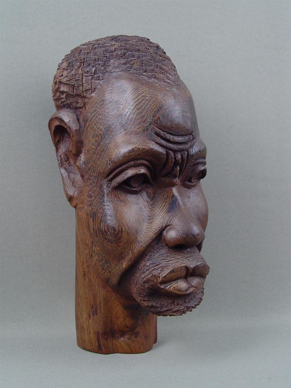 Антиквариат. деревянная скульптура «Африканец», дерево, резьба