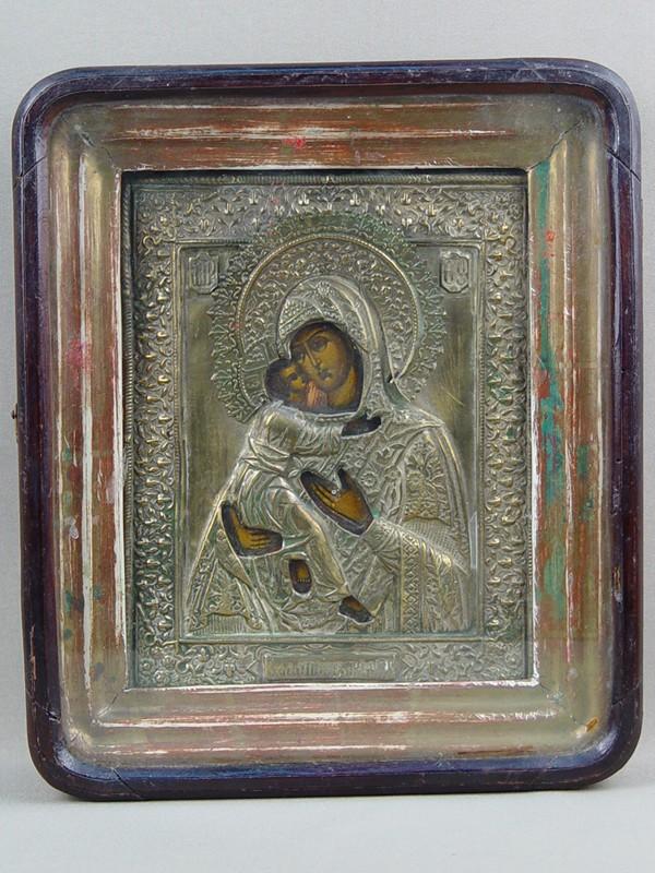 Икона вкиоте «Пресвятая Богородица Владимирская», латунь, дерево, левкас, темпера; оклад— латунь; размер иконы: 22×18см
