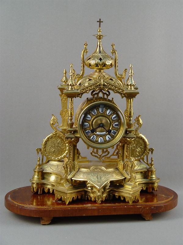 Антиквариат. антикварные Часы каминные «Готика», старинная бронза