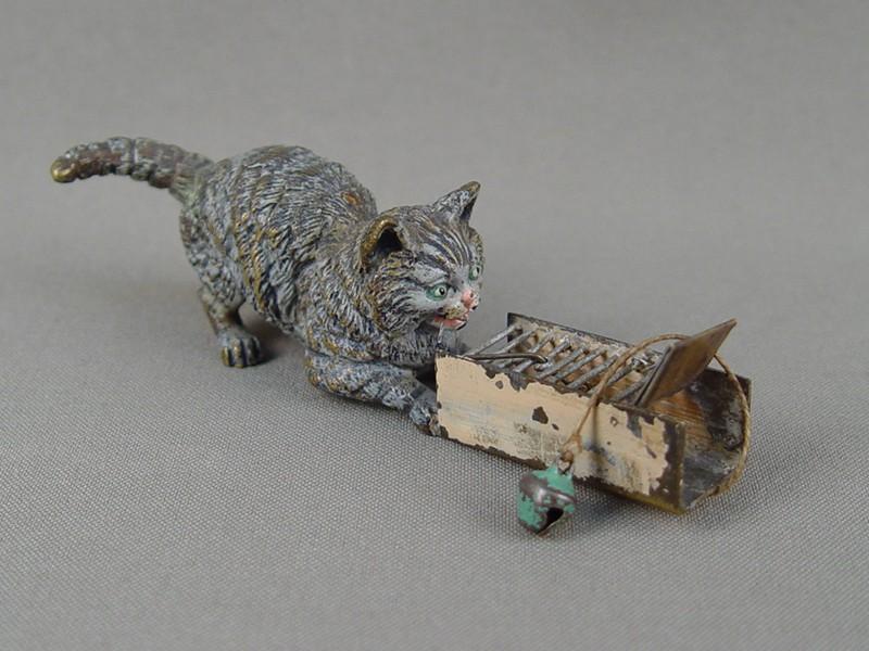 «Кошка смышеловкой», 19-20 век, венская бронза, длина— 10см