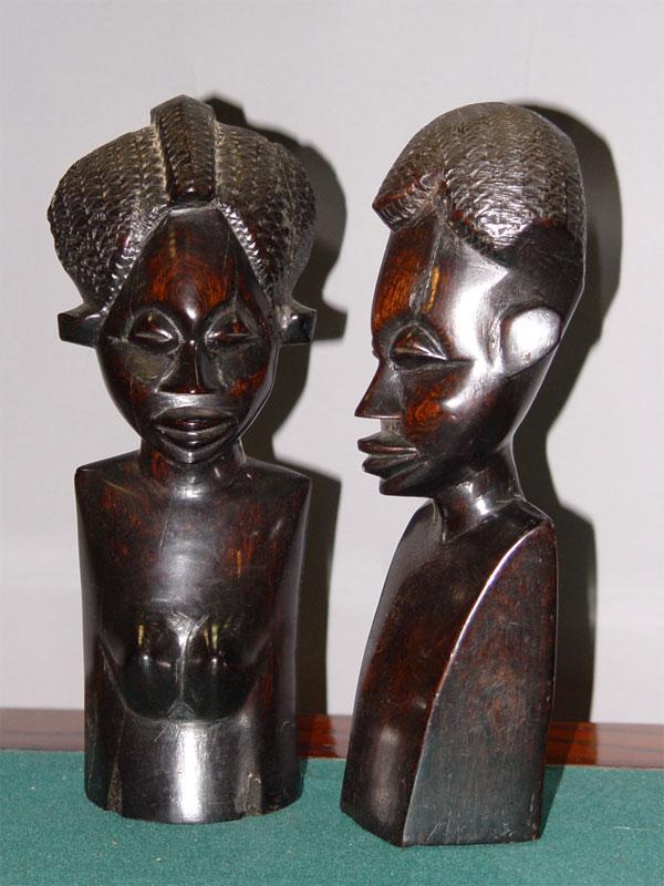Антиквариат. бюст «Африканцы», черное дерево