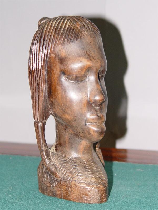 Антиквариат. Бюст «Африканка», черное дерево