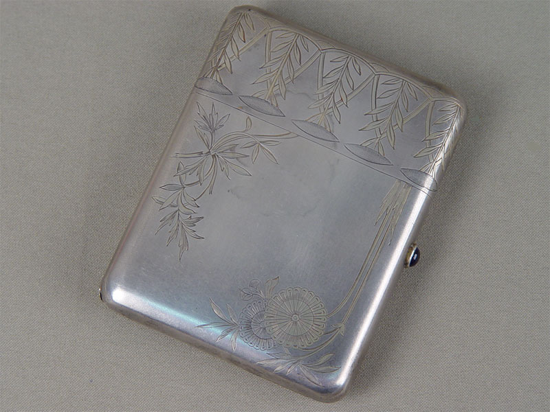 Портсигар, серебро 875пробы, гравировка, золочение внутри, дарственная надпись, общий вес— 180,85г.